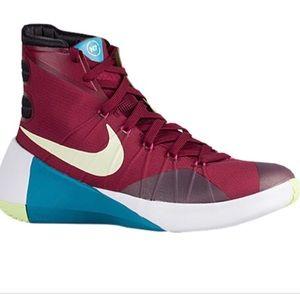 a3882602e368 Men s Nike Basketball Shoes Hyperdunk 2015 on Poshmark